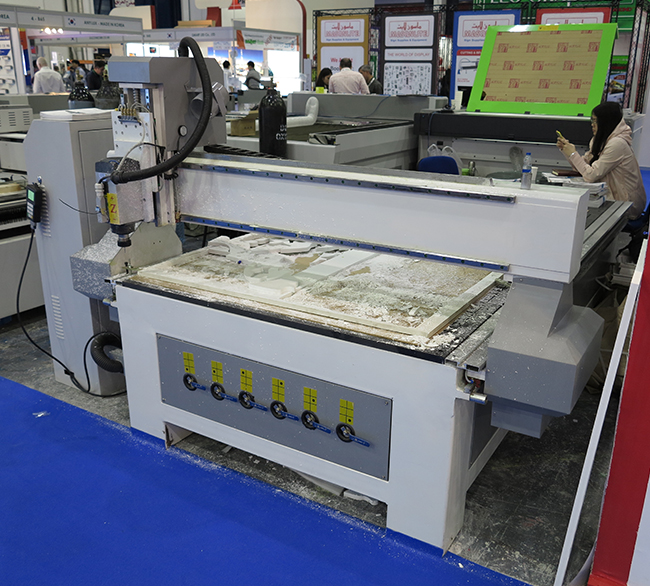 CNC-router-flaar-reports_applications-foam