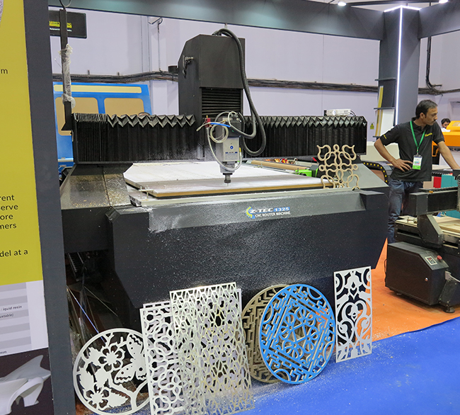 CNC-router-flaar-reports_applications-wood