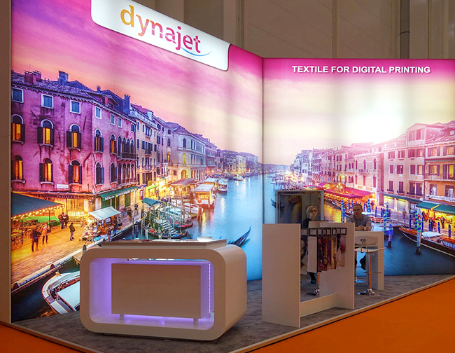 Dynajet_booth_textile_media_05547