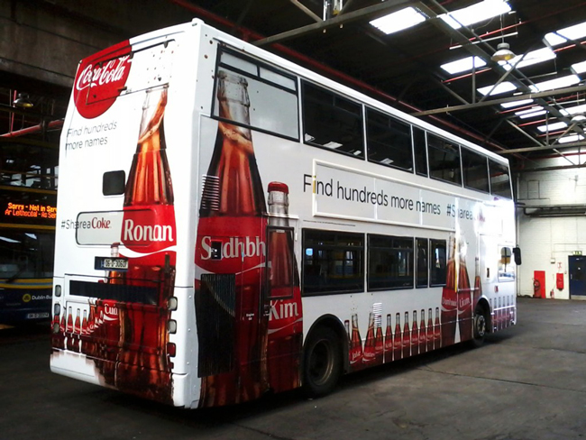 bus-wrapping-advertising-FLAAR-REPORTS