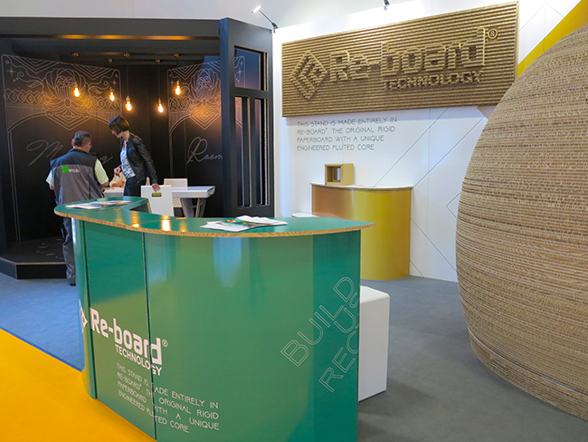 Storaenso-Re-Board-booth-FESPA-Berlin-sample-application-furniture-5442