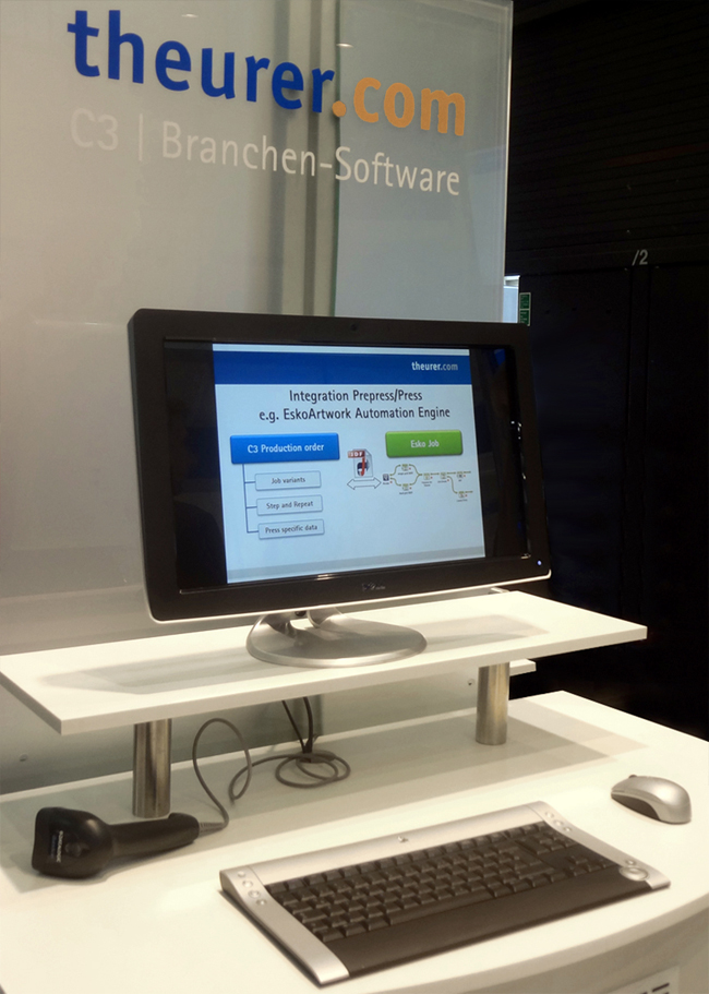 theurer_MIS_software_booth_DSC07530