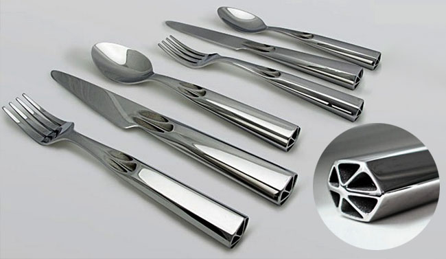High-end flatware designed by Finnish 3D artist and 3D Systems Creative Director, Janne Kyttanen. Photo courtesy of 3d-print.com